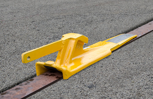 Locomotive Chocking Skid (Flush Rail, Right) - 4016-09-R