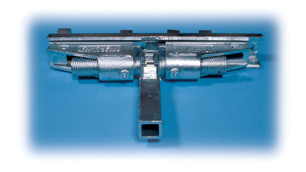 Aldon railroad rail joint puller and expander. Push and pull rail joints into alignment